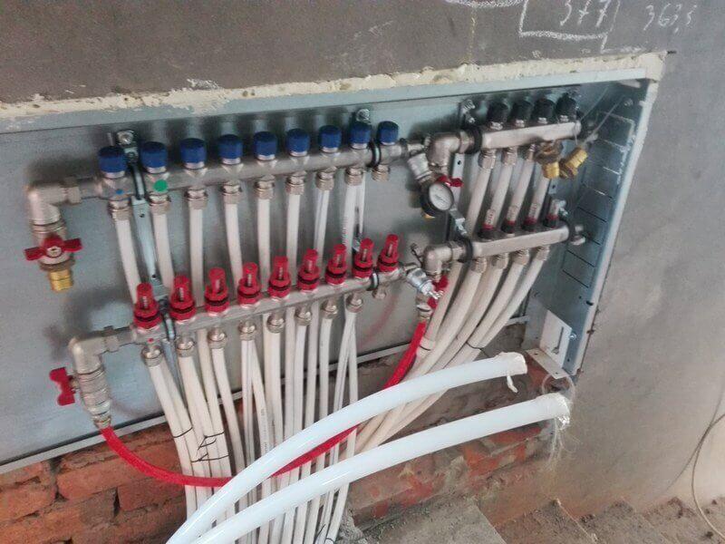 Мы опрессовываем все системы, которые монтируем: отопления, водоснабжения и канализации